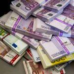 Избыточная ликвидность придает российской валюте устойчивое положение
