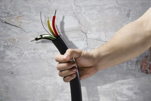 Замена электропроводки.