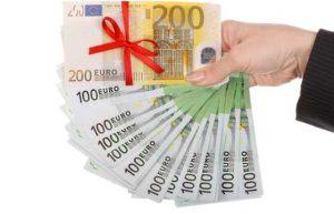 Кредит наличными: особенности и достоинства